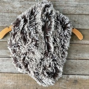 Altar'd State Accessories - Altar'd State faux fur infinity scarf